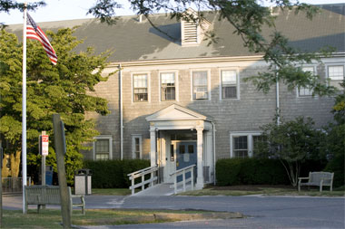 NantucketCottageHospital1